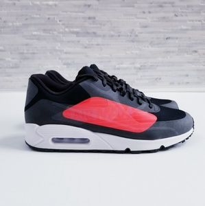 New NIKE Air Max 90 NS GPX Sneakers